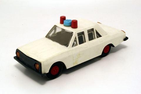 GAZ-24 Volga GAI Police plastic white. Ak-Tilek (Bishkek) 1:32