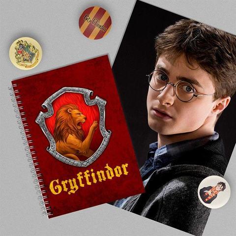 Гриффиндор: набор из тетради, плаката А4 и 3 значков