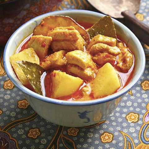 https://static-ru.insales.ru/images/products/1/888/45138808/lime_leaves_curry.jpg