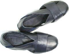 Кожаные босоножки с закрытым носком Luciano Bellini 76389 Blue.