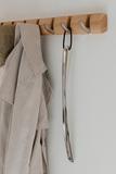 Ложка-рожок для обуви металлическая с длинной ручкой  slip алюминиевая Umbra 377100-008 | Купить в Москве, СПб и с доставкой по всей России | Интернет магазин www.Kitchen-Devices.ru