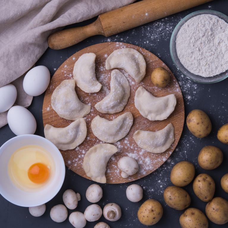 Фотография Вареники с картофелем и грибами (тонкое тесто) / 500 г купить в магазине Афлора