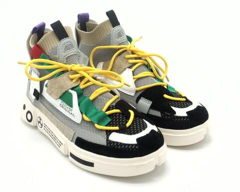 Кроссовки серые с яркими вставками