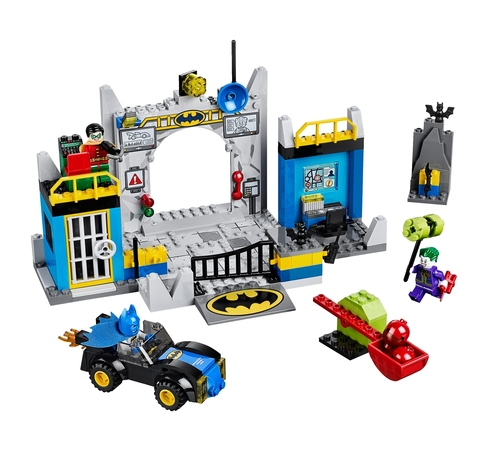 LEGO Juniors: Оборона Бэтпещеры 10672 — Batman – Batcave — Лего Джуниорс Подростки