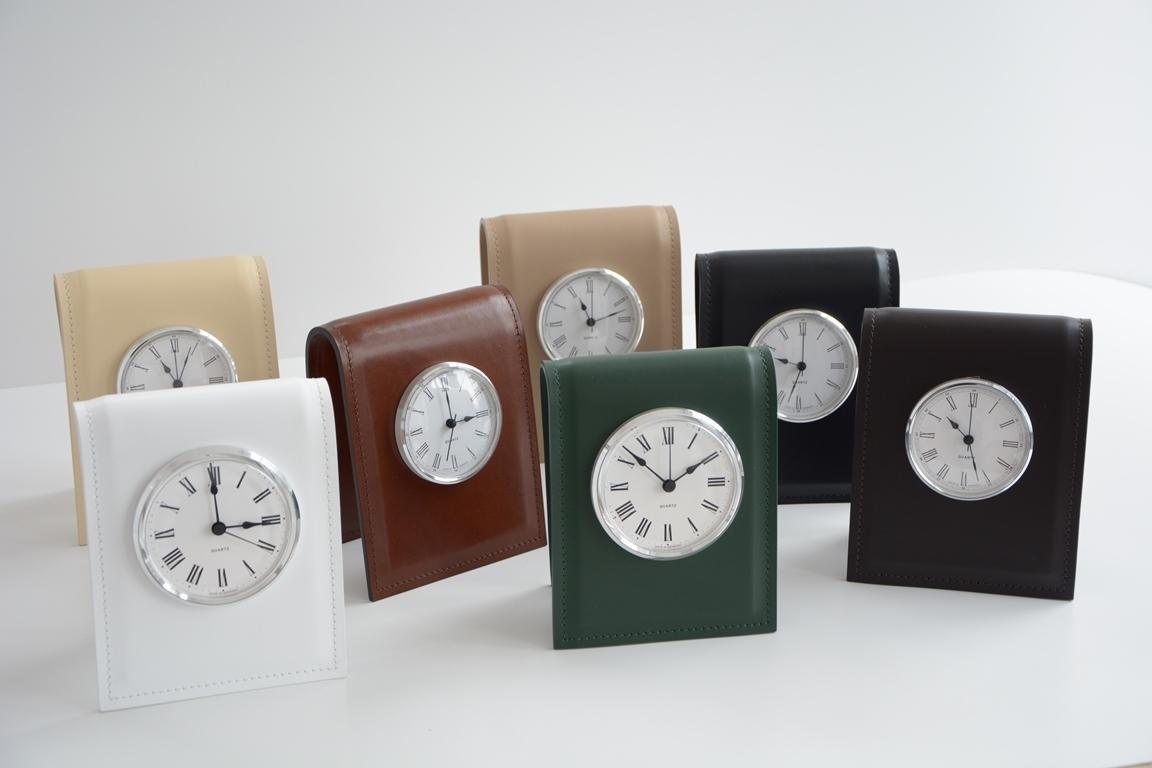 Ассортимент цвета кожи настольных часов Classic D103 мм.