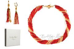 Комплект украшений золотисто-красный (длинные серьги из бисера, бусы из бисера 36 нитей)