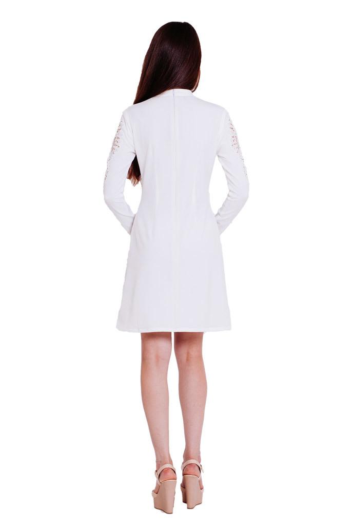 Платье с кружевом макраме