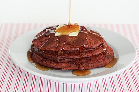https://static-ru.insales.ru/images/products/1/964/28419012/Red_Pancakes.jpg